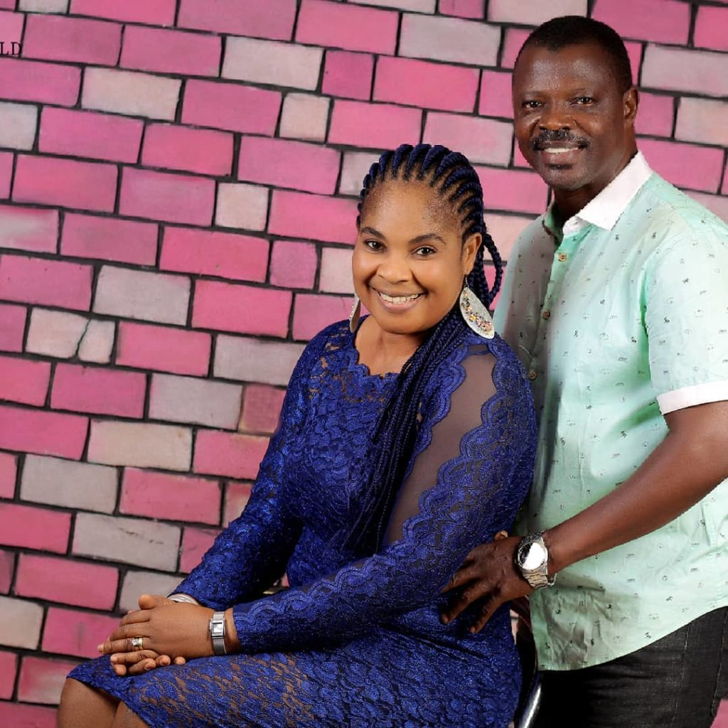 17 year's of Marriage and still counting; MeetMoji Afolayan&Rasaq Olayiwola, one of the rare couples inYorubamovie industry,How they Met, why they don't party, their children and much more (PICS)
