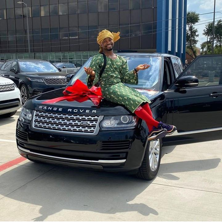 OluwaKaponeski Range Rover